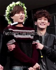 Jeju Fansign 150414 : Chen trying to keep Kai warm (2/2)