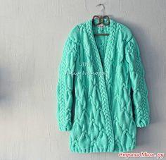 Кардиган Тиффани косами, вяжем вместе он лайн Girls Sweaters, Long Sweaters, Knit Cardigan, Knit Dress, Cable Knitting, Long Jackets, Pulls, Models, Knitwear