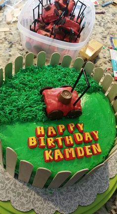 – Party Must Haves – Lawn lawn mower themed cake! – Party Must Haves – Dad Birthday Cakes, Birthday Party Tables, Birthday Fun, Birthday Ideas, Lawn Mower Cake, Dad Cake, Rice Krispie Treats, Cakes For Boys, Cute Cakes