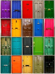 Colourful doors of Dublin #WanderingSole