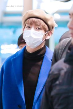 How does the hat look 1000 times cuter on Taehyung how??? Is it too weird if I wish I could be that hat tho