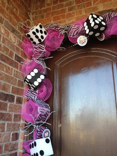 for all you Bunco fans, what a cute & fun way to greet your guests!