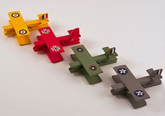 Clothespin Airplanes: Snoopy and the Red Baron by Amanda Formaro of Crafts by Amanda, family fun Airplane Crafts, Airplane Party, Diy Halloween Decorations, Halloween Diy, Craft Stick Crafts, Diy Crafts For Kids, Market Day Ideas, Country Crafts, Wooden Pegs