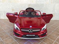 MiPetiteLife.es - Mercedes CLA45 Rojo 12V 2.4G 8 Velocidades. Carrocería  en un bonito color rojo intenso, volante electrónico con dirección asistida SRS que se bloquea en caso de conducción con mando 2.4G, de ultima generación que permite la conducción única de su vehiculo, con un control total del vehículo, incluso de la música y controla los metros recorridos, con ocho velocidades, incluye luces de leds en ruedas. www.MiPetiteLife.es