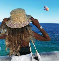 BEACH FEVER • Benidorm @paaulatorregrosa