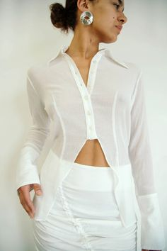 LEOMIE SHIRT WHITE – The Line by K Sheer Shirt Outfits, Sheer Top Outfit, Sheer White Shirt, Oversized White Shirt, White Shirts Women, White Blouses, Sewing Shirts, Womens Dress Suits, Colorful Shirts