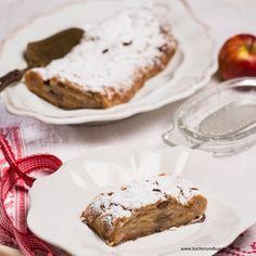 Wiener Apfelstrudel Vienna Food, Austrian Recipes, Feta, Camembert Cheese, French Toast, Bakery, Pie, Breakfast, Desserts