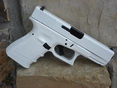 .....no....just no....looks like Wii glock or something? messed up.... White Glock, Hunting Guns, Toys, Gears, Weapons, Firearms, Hand Guns, Deep Breath, Livros