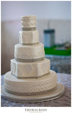 """Something like this with bold colors corresponding with the Milwaukee Historical Society would be really awesome! """"Wedding cake with vintage 1940's inspired architectural elements"""""""