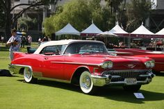 I think we can all agree that this Caddi is an ALL time favorite for lots of people. My heart stops beating whenever I see one Cadillac Eldorado, Cadillac Ats, Cadillac Series 62, Old Race Cars, Us Cars, American Classic Cars, Classic Trucks, Classy Cars, Sexy Cars
