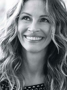 Elle France Editorial August 1 2014 - Julia Roberts by Carter Smith - 8/2/2014
