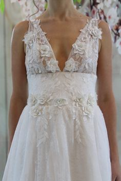 20 Blooming Gorgeous Floral Wedding Dresses from Etsy | SouthBound Bride
