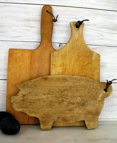 Pig Cutting Board - Wooden Pig Cutting Board - Farmhouse Style Decor- Farmhouse Kitchen by FarmhouseHomeDecor on Etsy