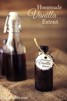 How to Make Homemade Vanilla Extract – Christmas Gift Idea – Rose Bakes How to Make Homemade Vanilla Extract – Rose Bakes Homemade Christmas Gifts, Homemade Gifts, Homemade Spices, Best Dessert Recipes, Fun Desserts, Awesome Desserts, Cupcake Recipes, Easy Recipes, How To Make Homemade