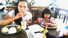 Dine out with family