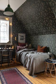 Snake Wallpaper, Green Wallpaper, Dark Wood Furniture, New Room, Girl Room, Sweet Home, Interior Design, Lisa, Oscars