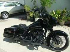 2013 Street Glide blacked out makeover - SPOKES!