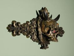 BetweenMirrors.com | Alt Art Gallery: Chris Haas - Baroque Skull Sculptures