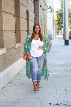 Go With The Flow | Plus Size Fashion | TrendyCurvy #Plussizesummerboho