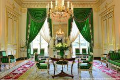 Hôtel de Beauharnais (1710) 78, rue de Lille Paris 75007. Architecte : Germain Boffrand. Le salon vert.
