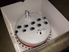 Thanks to Sophia for her super cute 101 Dalmatians cake!