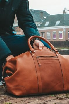 A lot of space? Check. Beautiful quality leather? Check. Available in the colours cognac and black? Check. ✔️ Happy Sunday! #TheChesterfieldBrand #chesterfieldbags #mychesterfieldbag #leather #weekender #holiday #weekendtas #handmade #lerentas #brand #brandspirit #autumn #success #nature #Urban #coffee #coffeelover #weekend #Sunday #zondag #positief #zon #happy #Assen #ootd #motivationalquote #honouryoursuccess #positivity #fall #Caleb Weekend Bags, The Ch, Chesterfield, Autumn, Fall, Happy Sunday, Weekender, Brand You, Leather Bag