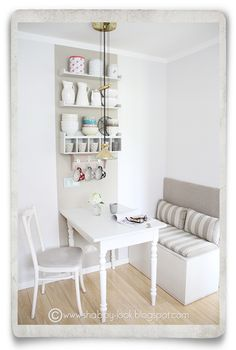 Shabby Look: DIY in the Kitchen Nook--cute! Looks like they took kids toy boxes! - Shabby Look: DIY in the Kitchen Nook–cute! Looks like they took kids toy boxes! Shabby Look: DIY in the Kitchen Nook–cute! Looks like they took kids toy boxes! Kitchen Table Bench, Small Kitchen Tables, Kitchen Corner, Diy Kitchen, Kitchen Decor, Kitchen Ideas, Kitchen White, Kitchen Shelves, Kitchen Dining