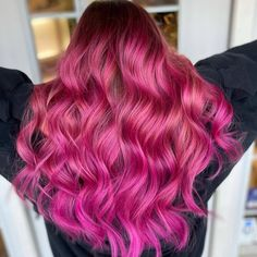Pink with envy over @headcasehairstudio - Use our Venus Pack to create your own multi-dimensional pink color melt #lunartides #pinkhair Hot Pink Hair, Pink Hair Dye, Dyed Hair, Pink Color, Colour, Beautiful Hair Color, Color Melting, Venus, Create