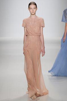 Tadashi Shoji Spring 2015 Ready-to-Wear Fashion Show - Kasia Jujeczka