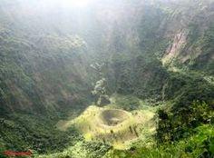 Crater del Volcan de San Salvador