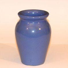 Vintage Arts & Crafts Old Pot Shop Norwalk CT Blue Art Pottery Vase Antique