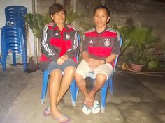 happy aniversary 18 my mother and father {} i love you somuch,, more and i love you more...