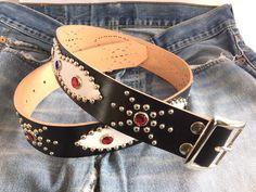 Un favorito personal de mi tienda Etsy https://www.etsy.com/es/listing/243849028/handmade-studded-belt-western-belt