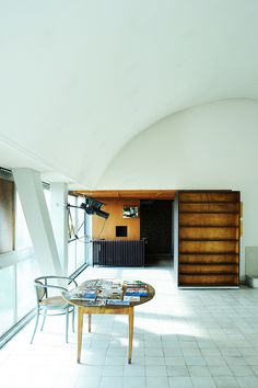 Immeuble Molitor - Appartement de Le Corbusier by FADB, via Flickr