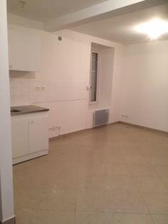 séjour de 19 m² et cuisine équipée // TEXAS Bâtiment - texasbatiment@orange.fr - Tél 0622751527-0141810290