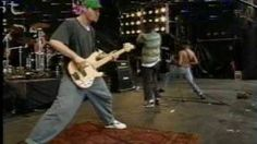 Rage Against The Machine - Bombtrack - YouTube