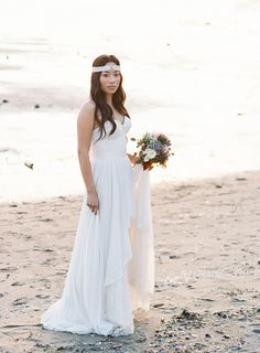 Beach bohemian bridal look. Dress by Gaby Bayona for Ellebay (Bridal Boutique) // Dress Name: Cristen