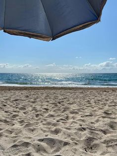 I Smile, Make Me Smile, I Love The Beach, Patio, World, Outdoor Decor, The World, Terrace