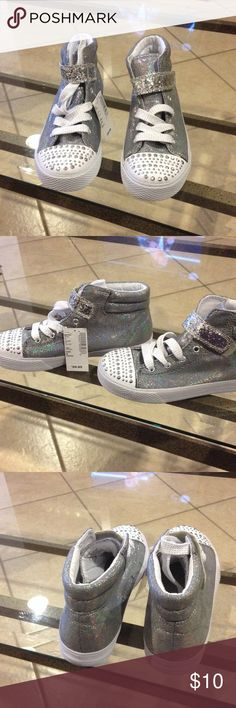Size 3 Youth Place tennis new with tags Place size 3youth tennis new with tags Children's Place Shoes Sneakers