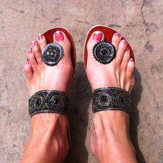4587ad9e7 25 Best FiFeet Button-Toe Sandals images