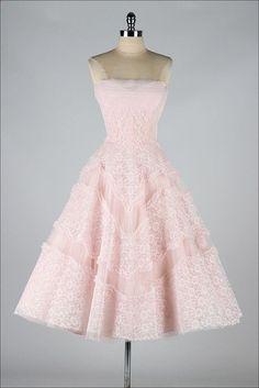 vintage 1950s dress . EMMA DOMB . pink lace by millstreetvintage