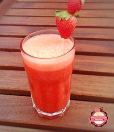 Prueba esta versión de limonada que preparan en el blog DESAYUNOS Y MERIENDAS IDEALES.