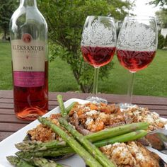 May 31, 2015 - Aleksander Estate Winery Rosé with Parmesan & Herbed Quinoa Stuffed Portobello Mushrooms.  Refresh with Rosé!            Summer is around the corner and the best time to stock up is now!  Try our delicious vegetarian pairing of Aleksander Estate Winery's Rosé with quinoa stuffed mushroom caps.  - See more at: http://www.essexcountywineries.ca/wines/2015/20150531.htm#sthash.9b3ZI9nK.dpuf