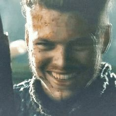 Animated gif uploaded by -ˏˋocean eyes ˊˎ-. Find images and videos about gif, vikings and ivar the boneless on We Heart It - the app to get lost in what you love. Cheveux Lagertha, Imagines Tumblr, Ivar The Boneless, Alex Hogh Andersen, Animated Gif, Find Image, We Heart It, Films, Animation