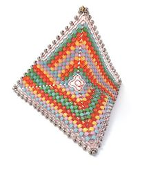 free beading patterns from Kim Van Antwerp Triangle Square, Beading Patterns Free, Beading Tutorials, Beading Ideas, Brick Patterns, Square Patterns, 3d Star, Peyote Stitch, Necklaces