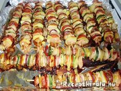 Pulyka saslik Grill Party, Skewers, Ratatouille, Asparagus, Wok, Grilling, Bacon, Food And Drink, Health Fitness