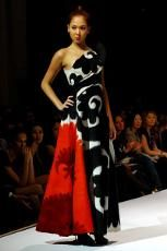 http://www.treetopscolours.com.au/images/stories/content/gallery/aya.red.black.white.dress1.cc.thumb.jpg