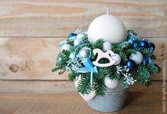 Купить Новогодняя композиция в подарок из живой хвои - голубой, белый, композиция на стол, новогодняя композиция