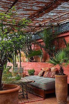 Terracota my summer color for Project Inside - Terrasse Ideen Metal Pergola, Pergola Patio, Pergola Kits, Backyard Patio, Backyard Landscaping, Pergola Ideas, Cheap Pergola, Small Pergola, Small Patio