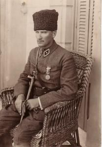 Mustafa Kemal Atatürk - what Turkey needs now! Turkish Military, Turkish Army, Historical Quotes, Historical Pictures, Turkish War Of Independence, Ottoman Turks, The Legend Of Heroes, The Turk, Great Leaders